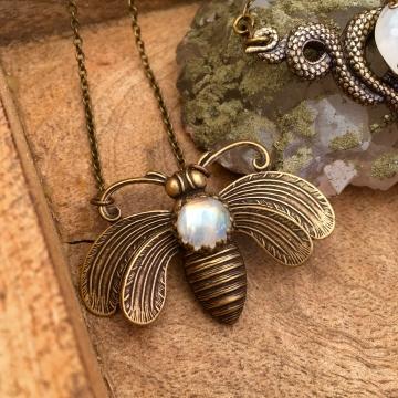 Bee Mystic Necklace